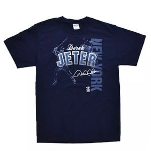 NWOT Derek Jeter MLB New York Yankees T Shirt M